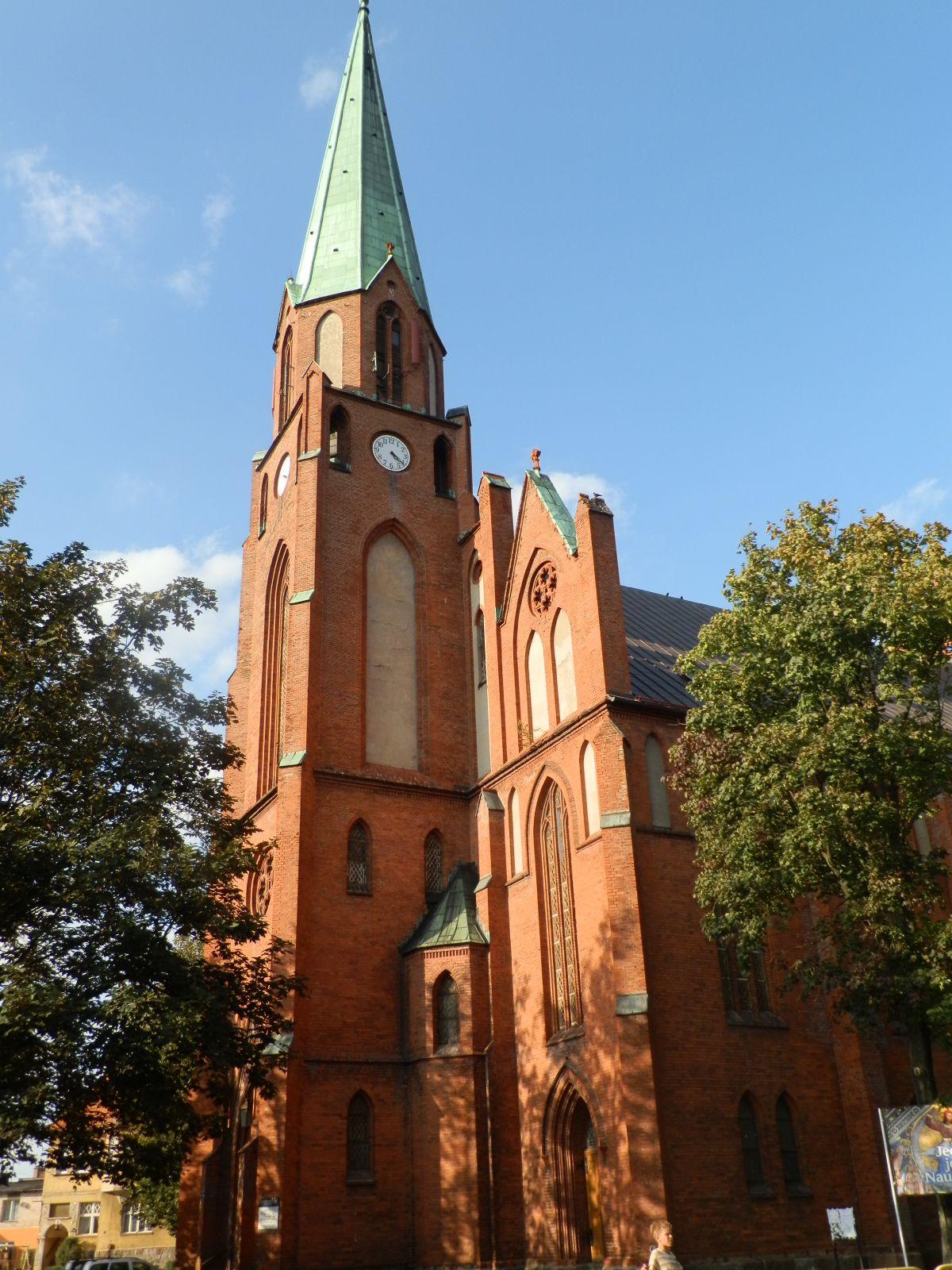 Kościół NMP Królowej Polski (Lębork) - Przewodnik - Dioblina