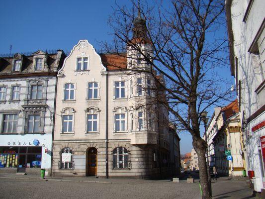 Tarnowskie Góry, Bank Stowarzyszeń Rynek 14 02