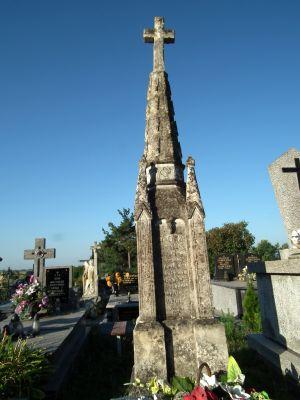 Cmentarz w Ożarowie 3