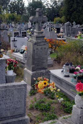 Ożarów - cmentarz parafialny - ZJ002