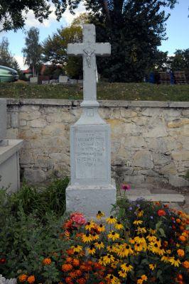 Ożarów - cmentarz parafialny - ZJ004