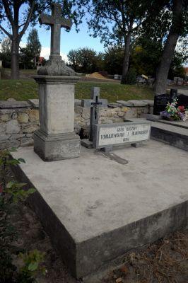 Ożarów - cmentarz parafialny - ZJ006