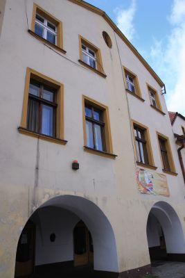 Dom podcieniowy pod numerem Rynek 17 II w Tarnowskich Górach