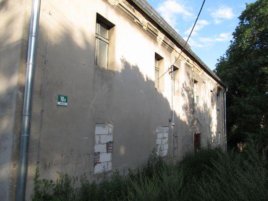 Gliwice, dawny dwór, ul. Dworska 10d, ściana frontowa (1)