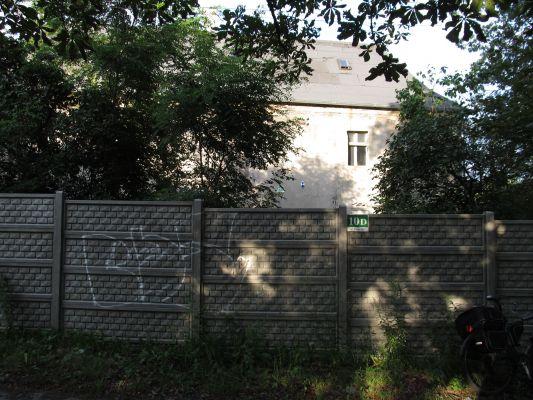 Gliwice, dawny dwór, ul. Dworska 10d od frontu