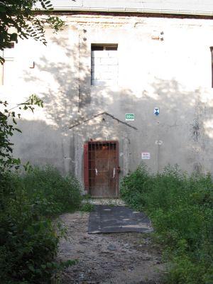 Gliwice, dawny dwór, ul. Dworska 10d, wejście główne
