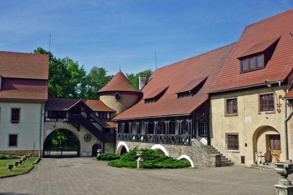 Janowitz-Schloss-2