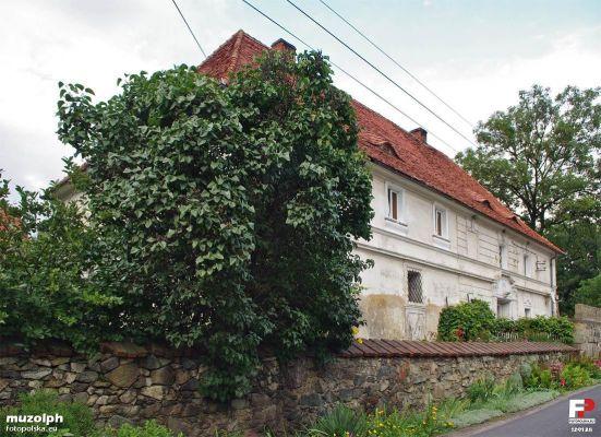Tąpadła, Tąpadła nr 17 Dwór sołecki - fotopolska.eu (129138)