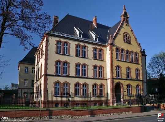 Tarnowskie Góry, Sąd Rejonowy - fotopolska.eu (303078)