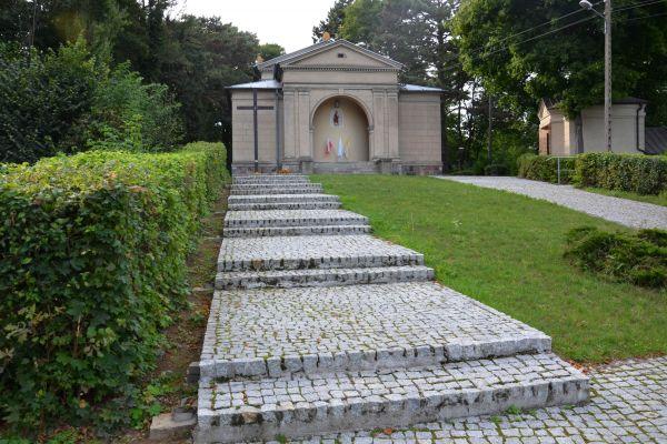 Zesp. pałacowy w Słomowie - kościół 01