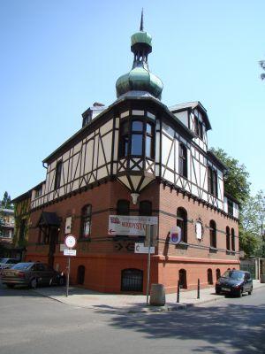 Gliwice, Budynek mieszkalny obecnie kościół ewangelicko-metodystyczny 03