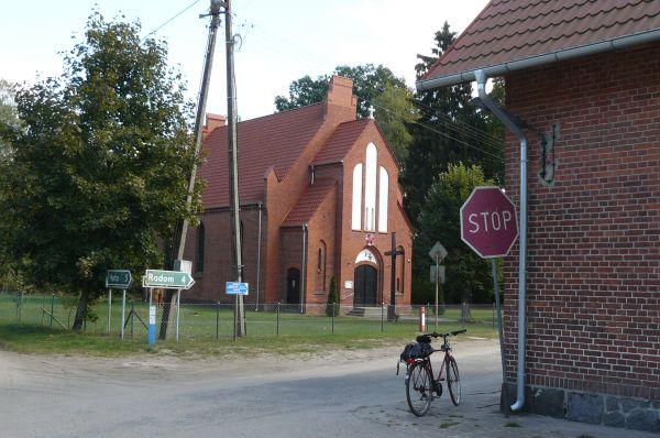 Gebiczyn, church (2)