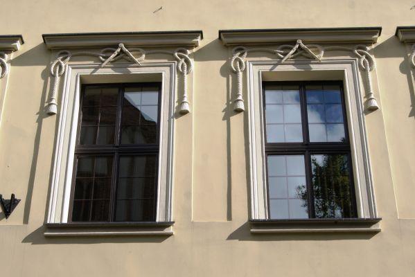 Toruń, ul Łazienna 18 (okna) (OLA Z.)