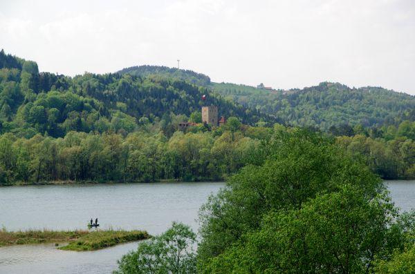 Jezioro Czchowskie i Zamek Tropsztyn 20140501 2666