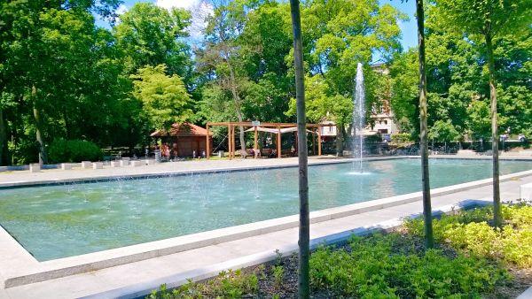 Park Miejski - fontanna parkowa w Toruniu