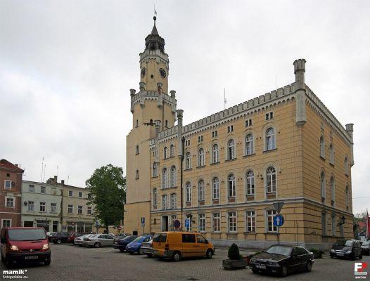Wschowa, Ratusz - fotopolska.eu (305796)