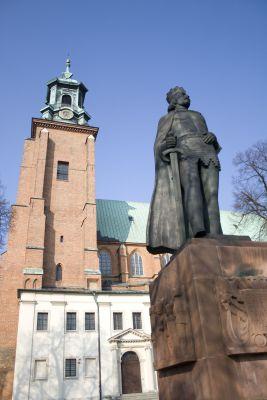 Estatua de Boleslao I el Bravo, Gniezno, Polonia