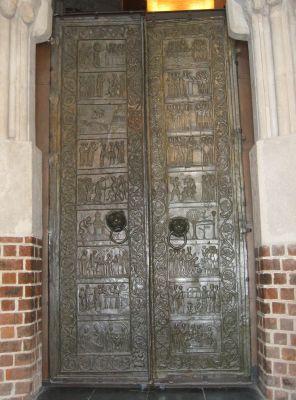Gniezno Door