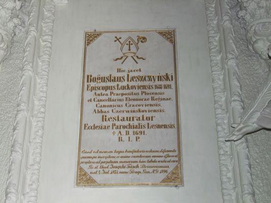 2008 08230070 - Leszno - kościół parafialny pw. św. Mikołaja - szczegóły wnętrza