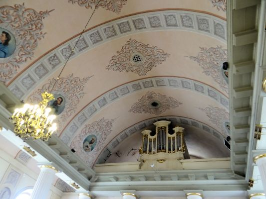 Pipe organ of Basilica of the Nativity of St. Mary and St. Nicholas in Bielsk - 02