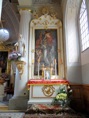 Side altar in Basilica of the Nativity of St. Mary and St. Nicholas in Bielsk - 03