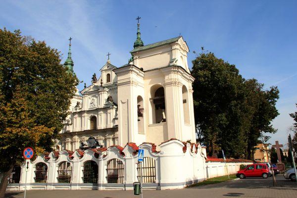 Lubartów, kościół par. p.w. św. Anny, 1 poł. XVIII, 1860 -1871