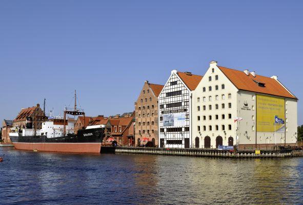 Centralne Muzeum Morskie and SS Sołdek in Gdańsk