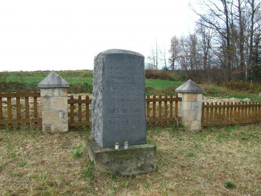Cmentarz wojenny 306 w Łąkcie Dolnej 6