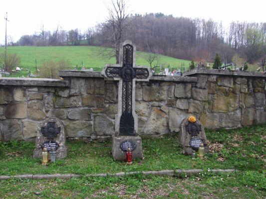 Cmentarz wojenny w Laskowej 5
