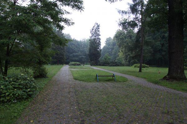 Cmentarz Żołnierzy Radzieckich w Pszczynie - południowa część cmentarza
