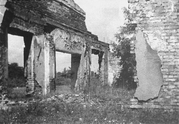 Ruins of a funeral chapel in the Jewish cemetery in Czestochowa, Poland (1943)