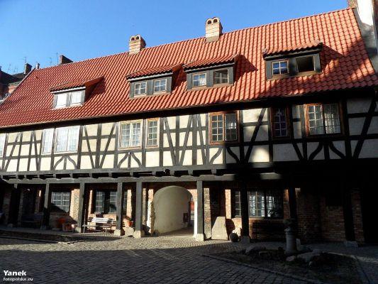 Gdańsk, Dom galeriowy - fotopolska.eu (195592)