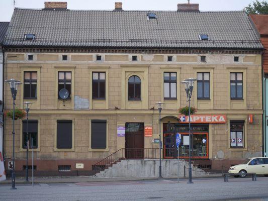 PL Czarnków, Plac Wolności 9
