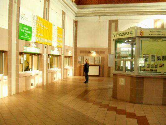 Dworzec kolejowy w Otwocku - wnętrze