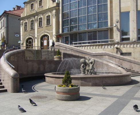 Bielsko-Biała, pl. Chrobrego, fontanna
