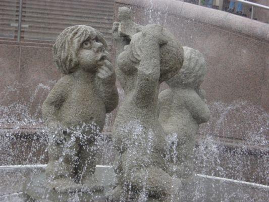 Bielsko-Biała, Bolesław Chrobry Square, fontanna