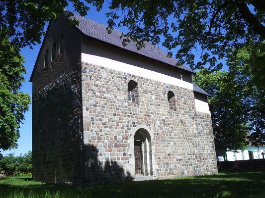 Giecz kościół 1