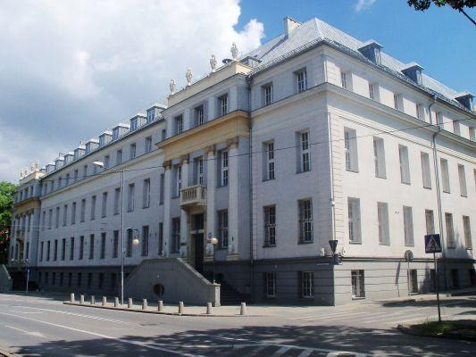 Katowice - Court house on Korfantego Street (6)