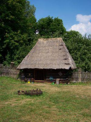 Chorzów - Skansen - Szopa na siano z Kobióra