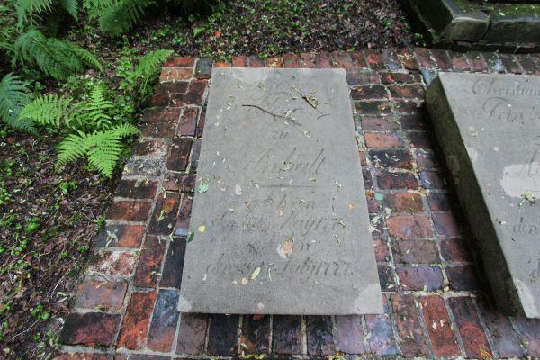 Płyta nagrobna księcia Georga Anhalta (1776-1777)  w Pszczynie
