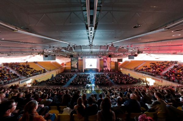 Gdynia Poland hala sportowo-widowiskowa wnetrze