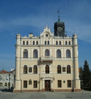 Jaroslaw rynek ratusz 2