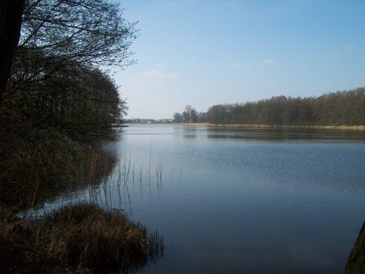 Jezioro Swiesz-widok od grobli 1