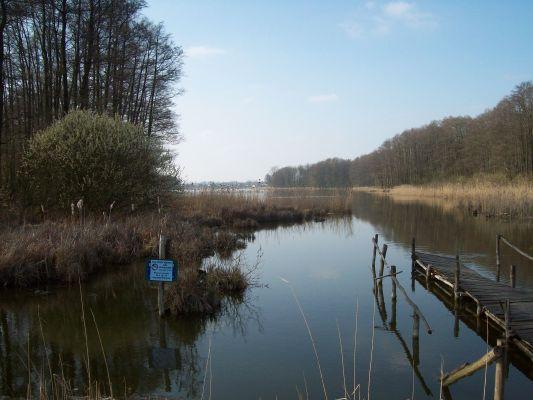 Jezioro Swiesz-widok od grobli 2