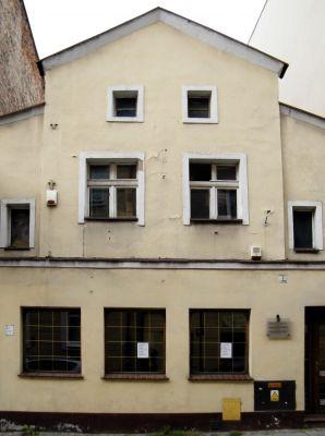 OPOLE front kamienicy przy św. Wojciecha 7. sienio