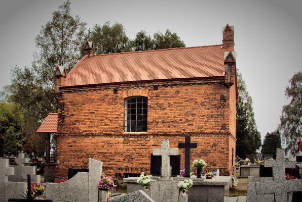 Strzygi cmentarz kaplica1(WLZ12)