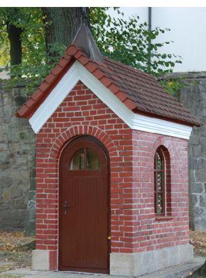 """""""Drewniana"""" kapliczka św. Anny"""