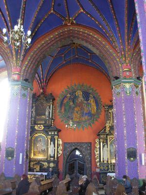 Katedra bydgoska - filary i polichromia