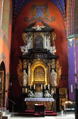 Katedra bydgoska - ołtarz MB Szkaplerznej cały