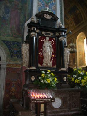 Plock - katedra WNMP oltarz MBM